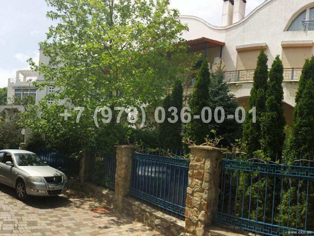№1581 дом 220 м<sup>2</sup><br /> участок 4 сот.
