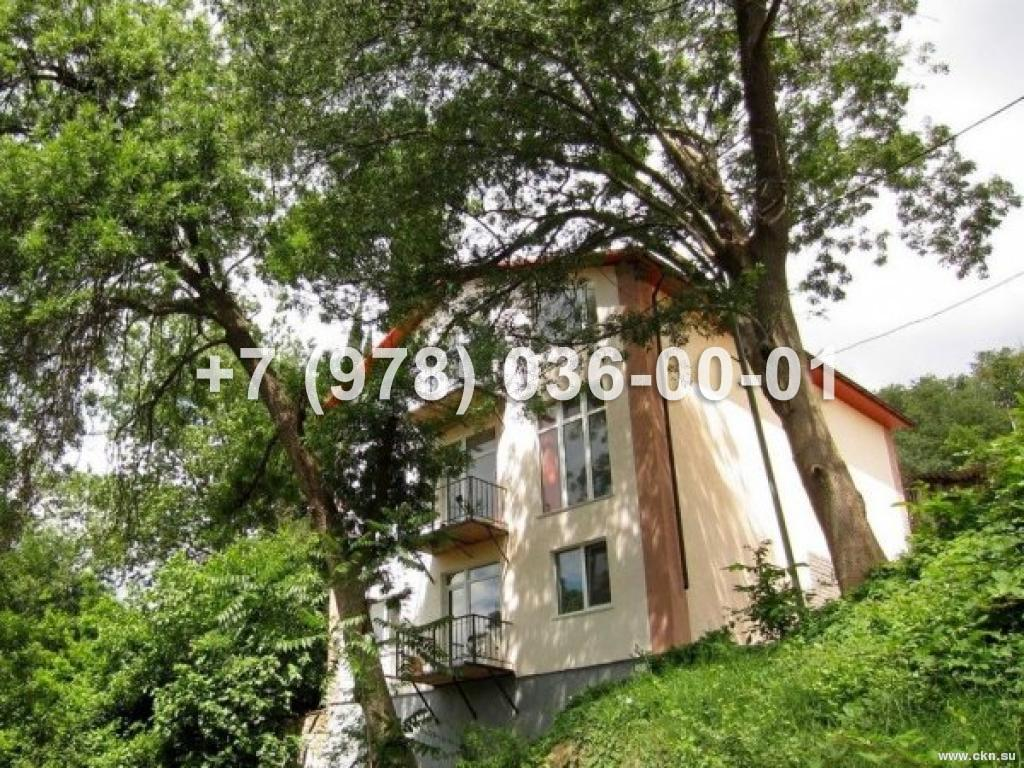 №1361 дом 248 м<sup>2</sup><br /> участок 2 сот.<br>Ялта