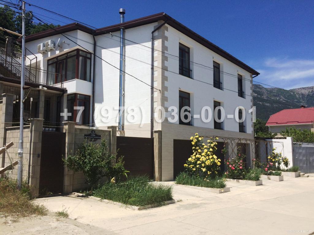 №1811 дом 456 м<sup>2</sup><br /> участок 10 сот.